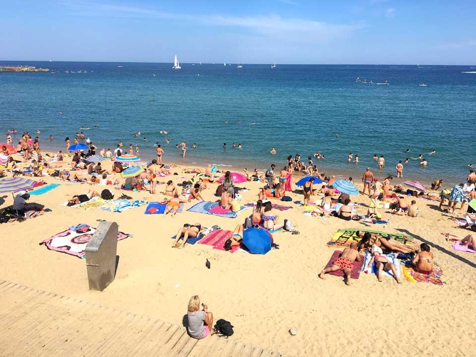 qué ver en barcelona Playa de la Barceloneta