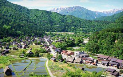 Las vistas de Shirakawa-Go, una Aldea Histórica entre montañas – Japón Sorprende!